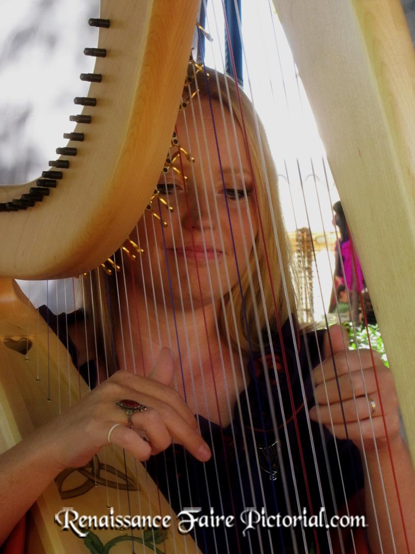 alrf_harpist_3610